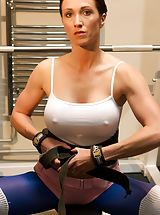 Busty Women, Gracious UK Dame and Horny Slut You can not beat a good a good work out with the weights and a nice stretch to get you in the mood for a good fuck