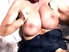 Bouncing Boobs, Mountains, trees and cock get Kelly all horny as she hikes outdoors where she finds all three handy.