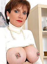 Stunning matures nipples clamped