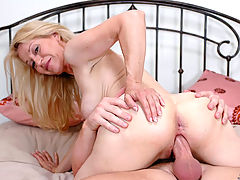 Busty Movies, Robin Pachino in Fucking Hot Moms
