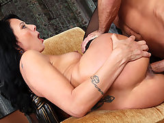 Big Tits Fetish, Zoey Holloway & Bill Bailey in Fucking Hot Moms
