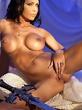 WoW nude jessica big labia