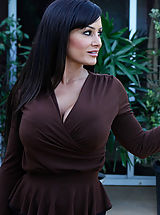 Naughty America, Lisa Ann,My Friend's Hot Mom,Lisa Ann, Ryan Driller, Friend, Friend\'s Mom, Couch, Living room, Great Butt, Great, Black Hair, Blow Job, Brunette, Facial, Fake Boobs, High Heels, Lingerie, Mature, MILFs, Stockings,