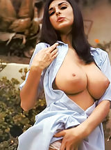 Busty Sluts, Retro Moms