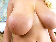 nice melons, Kelly plays with her clit until she orgasms from her favorite vibrating toy