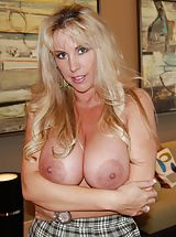 Housewives Pics: Cum Crazy Wifey in  Earned