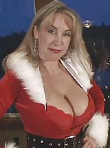 Sexy Busty, Wifeys World Christmas