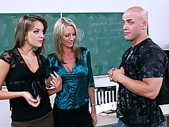 Bigtits Officesex, Emma Starr, Nika Noir & Derrick Pierce as Sexy Teacher