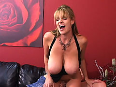 Content of Devon Lee - Kelly was in desperate need of a new office and hoped to find a sexy secretary too. As luck would have it, Devon a secretary herself was in dire need of a new job. Both went back to the office for an exclusive interview...