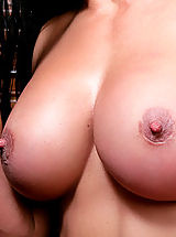 Naughty America Pics: Sexy milf gets her tight pussy filled