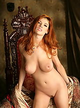 WoW nude roxetta redhead queen