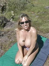 Busty Sluts, Houswife whith Super Huge Tits Sand Popper Picnic