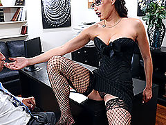 Hard Nipples, Brazzers Gratis Lee's Interview