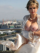 Busty Woman, London penthouse mature tit flash