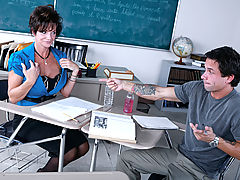Bigtits Officesex, Deauxma & Alan Stafford as Sexy Teacher