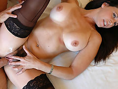 Milf Vids: Selena Steele & Kyle Moore in Fucking Hot Moms